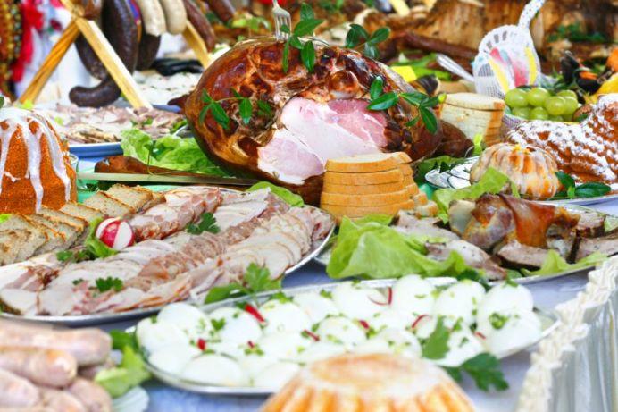 Sfaturile PRACTICE ale unui nutritionist, sa NU TE IMBOLNAVESTI dupa mesele de Paște!