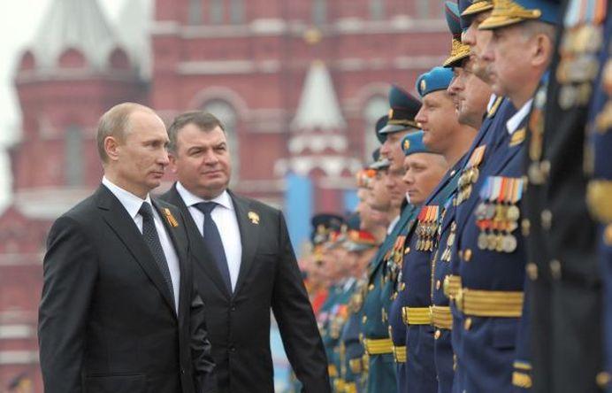 SUMA URIASA pe care Rusia o aloca in 2015 ARMATEI!