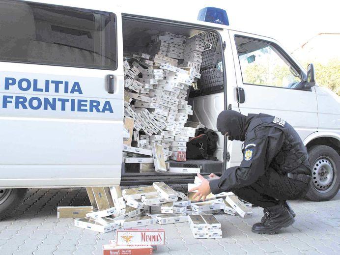 Perchezitii de amploare la Arad, in cazul unor contrabandisti de tigari
