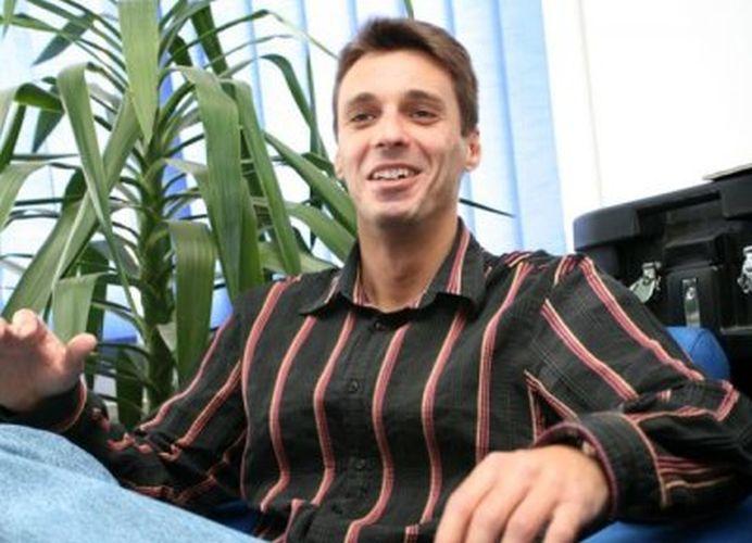 Mircea Badea despre propunerea lui Iohannis pentru sefia SIE: Un cretin!