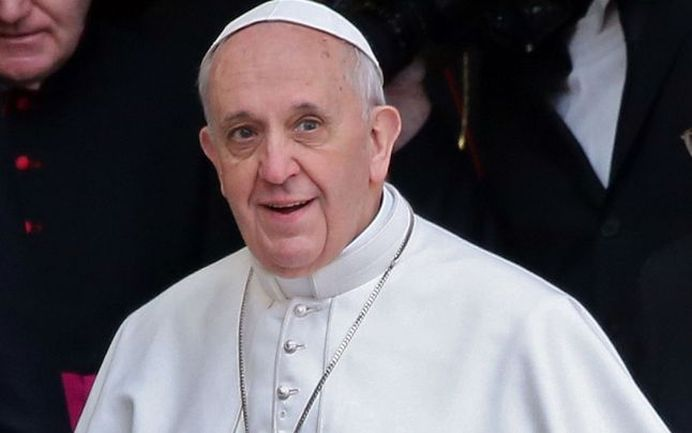 Papa Francisc: Vom sfarsi prin a ne distruge BANII si goana dupa PROFIT!