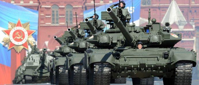 Oficialii RUSI fac glume PROASTE: Tancurile noastre intra fara viza in Europa!