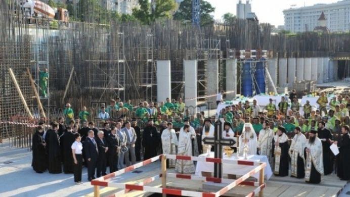 Catedrala Mantuirii Neamului a ajuns la 60 la suta! Vezi cand vor fi oficiate slujbe!