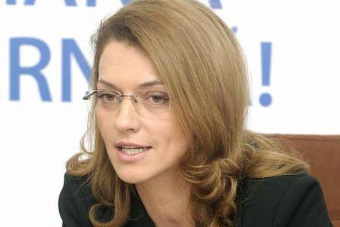 Scandal FARA PRECEDENT in PNL: Imi bag picioarele in el de partid! Ei au crezut ca Iohannis e Dumnezeul Romaniei!