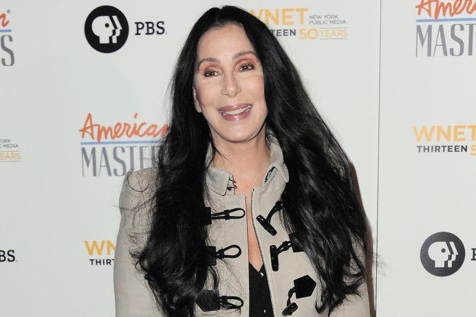 Cantareata Cher isi traieste ultimele clipe de viata! Imparte tot ce are prietenilor si cunoscutilor!