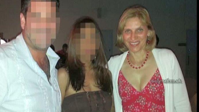 A ucis o romanca intr-un mall din Emiratele Arabe! Astazi a fost DECAPITATA de autoritati!