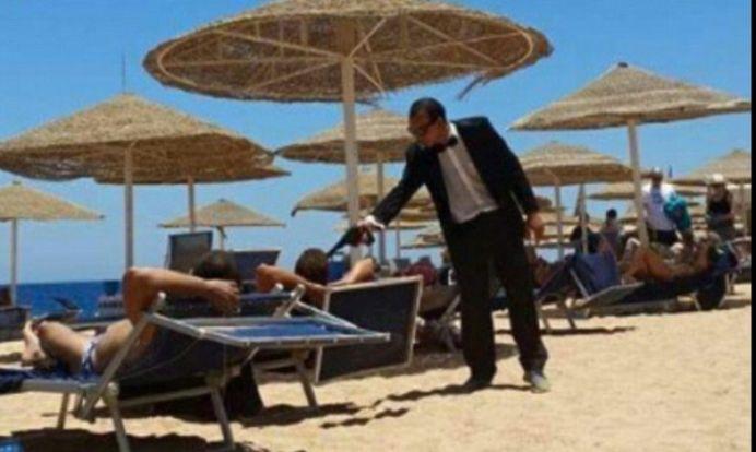 Cea mai proasta gluma POSIBILA! Zeci de turisti s-au trezit cu pistolul la tampla, pe plaja, in Egipt!
