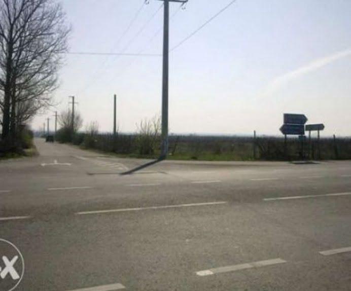 Razi cu lacrimi! Un roman a scos drumul european E85 la vanzare si accepta schimburi doar cu autostrada!