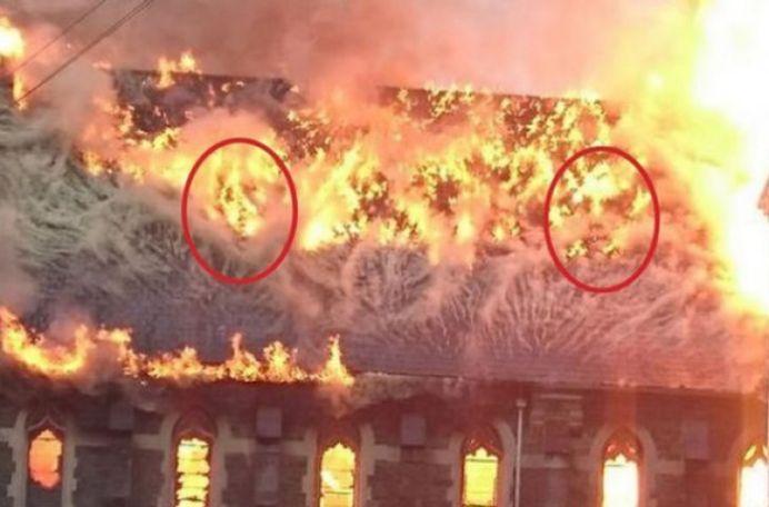 FOTO – Detalii SOCANTE descoperite intr-un incendiu la o Biserica!