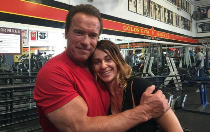 VIDEO – Arnold Schwarzenegger se MANDRESTE cu noul antrenor personal: Nadia Comaneci!
