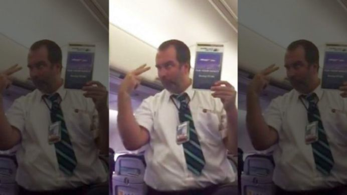 VIRALUL ZILEI! Mori de ras cand vezi cum prezinta stewardul acesta instructiunile in avion!