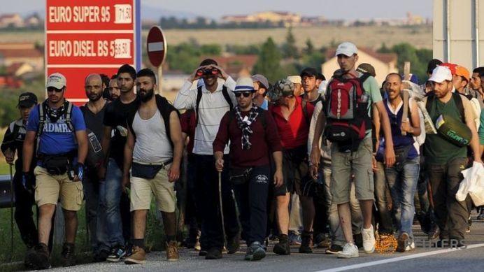 Înaltul Comisariat al Naţiunilor Unite pentru Refugiaţi: Invazia MUSULMANA ADEVARATA abia acum incepe in Europa!