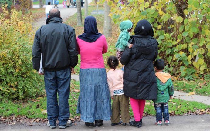 Nemtii SE RAZBUNA intr-un mod violent! 7 imigranti din Pakistan si Siria ATACATI PE STRADA de un grup de germani!