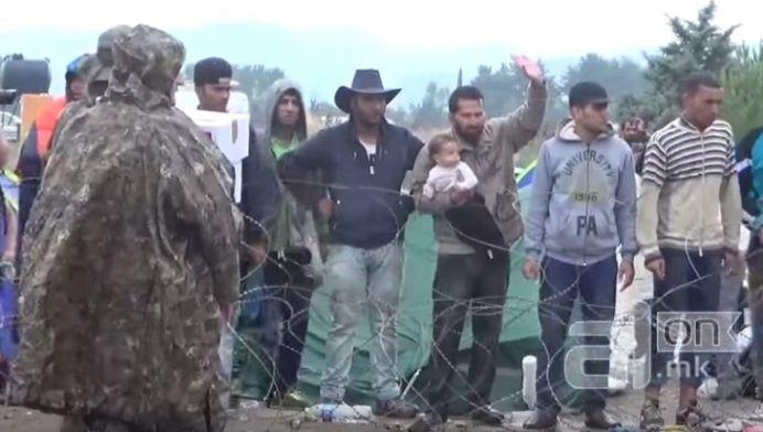 Nemtii NU MAI FAC FATA! Valuri de VIOLURI si AGRESIUNI SEXUALE in taberele de imigranti!