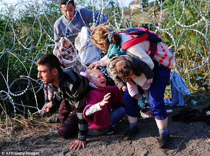 Au ajuns la GRANITA Romaniei! Politia de Frontiera a prins mai multi migranti sirieni incercand sa treaca fraudulos!
