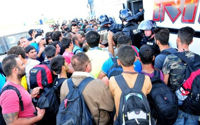Primul JIHADIST, apropiat al ISIS, prins in Germania ca INFILTRAT printre refugiatii sirieni!