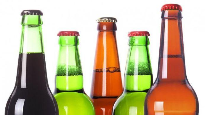 Cel mai tare TRUC! Cum sa deschizi o sticla de bere folosind o foaie de hartie!