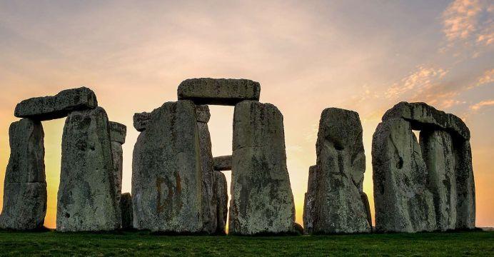 Descoperire ULUITOARE langa Stonehenge! Este comparabila cu un STADION modern de fotbal!