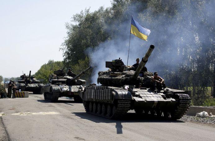 INCREDIBIL! Ucraina indreapta tancurile si mitralierele CATRE Romania! Minoritatea romaneasca ar VREA INDEPENDENTA!