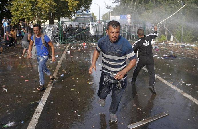 Ungaria este in plin RAZBOI! A mobilizat ARMATA si cheama rezervistii LA ARME!