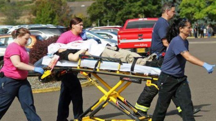 VIDEO – A intrat cu MITRALIERA intr-un campus universitar din SUA! 13 MORTI peste 20 de raniti!