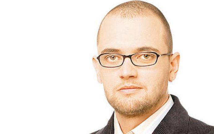 Oreste Teodorescu lasa Vama ca sa voteze! Te surprinde alegerea lui?