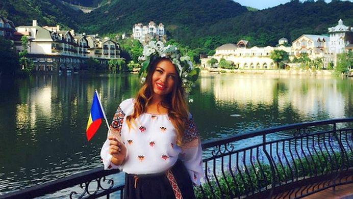 """FOTO – O moldoveanca este CASTIGATOARE in concursul """"Miss Bikini Universe 2015""""!"""