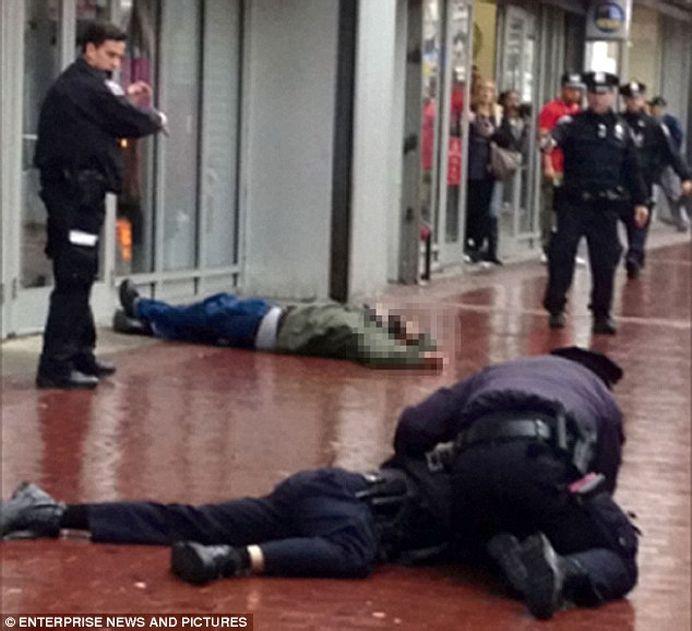 Atac armat in metroul din New York! A impuscat oameni LA INTAMPLARE!