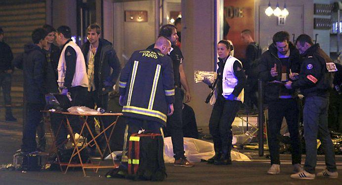 Adevarul SOCANT! Toti teroristii din Paris SUNT COPII! Au intre 15 si 18 ani si AU UCIS 129 de oameni!