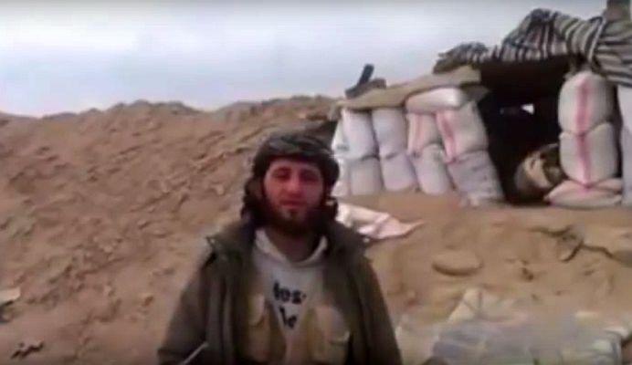 VIDEO SOCANT! Momentul in care o tabara de REBELI ISLAMISTI este BOMBARDATA! Doi morti pe loc!