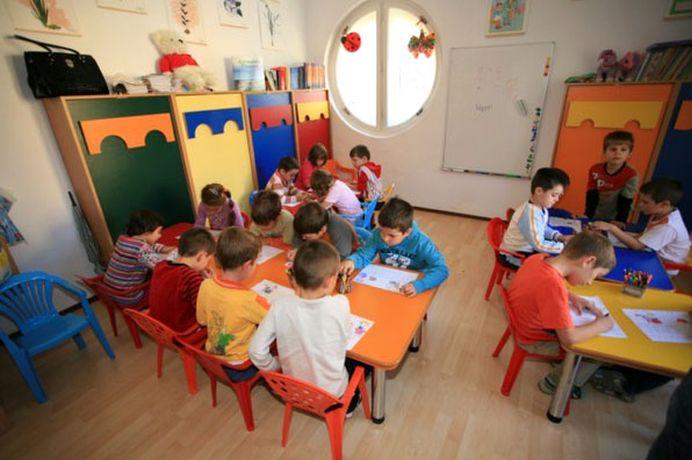 Alocatia pentru copii poate creste la 100 de euro pe luna! Conditia e sa nu aiba absente!