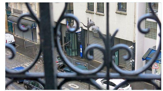 Posibil TERORIST IMPUSCAT MORTAL in centrul Parisului! A strigat ALLAH AKBAR in timp ce ataca un politist!