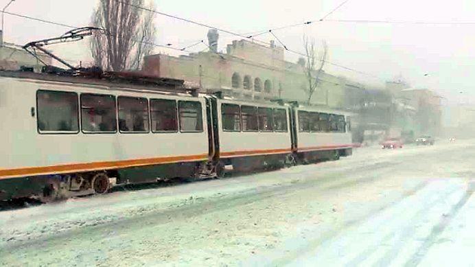 TRAGEDIE in Bucuresti! Un tramvai A OMORAT un om si a ranit grav altul!