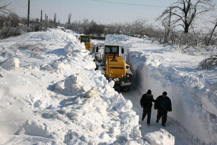 Romania sub NAMETI! Peste 6000 de jandarmi, pompieri si politisti IES SA AJUTE POPULATIA!