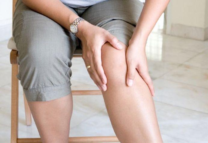 De ce apare apa la genunchi si ce boli MAI GRAVE prevesteste!