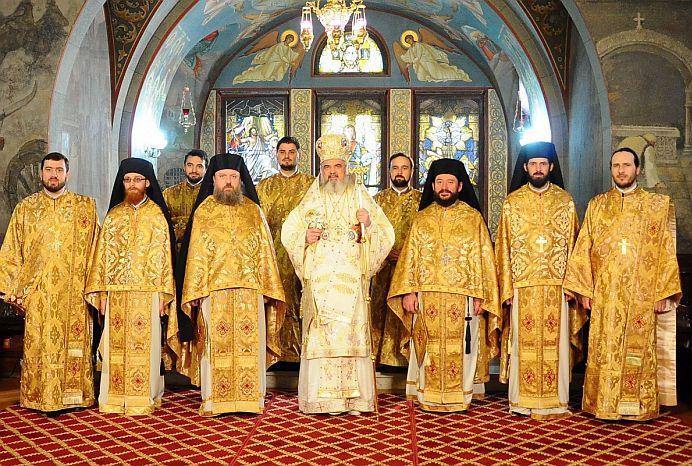 BOR instaureaza DICTATURA! Patriarhul Daniel OBLIGA fiecare popa in parte SA SEMNEZE ASTA!