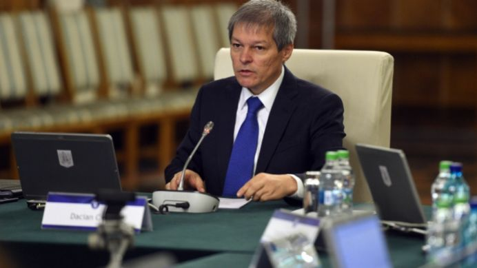 Decizia guvernului Ciolos care LOVESTE in TOTI angajatii din Romania!