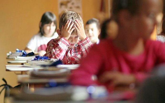 "Schimbare URIASA in scolile din Romania! Copiii vor invata ""STIINTELE VIETII"", iar MATEMATICA si INFORMATICA devin aceeasi materie!"