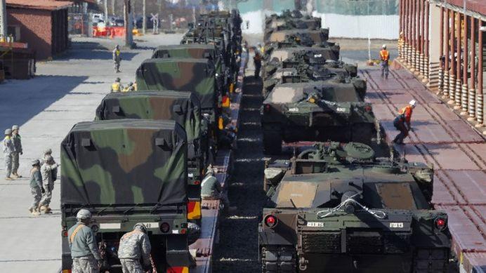 SUA pregateste Europa de Est de RAZBOI! Obama trimite armament GREU in zona Marii Negre!