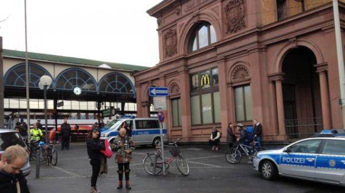 Alarma cu BOMBA in doua orase mari din Germania! Totul a fost evacuat, politia misuna peste tot!