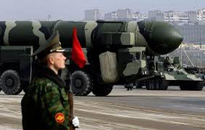 Pentru prima oara de la Razboiul Rece incoace, Rusia scoate ARSENALUL NUCLEAR la parada!