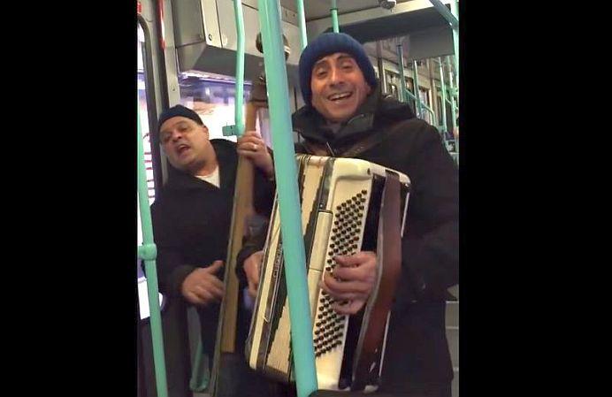 VIDEO – Din pacate… sunt romani! Videoclipul pe care toti europenii l-au vazut in ultimele zile!