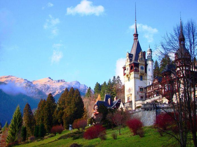 Unul dintre cele mai mari site-uri din lume: 9 motive pentru a NU vizita Romania!