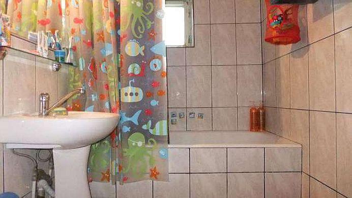 Toti avem asta in casa! Cel mai folosit obiect din baie TE IMBOLNAVESTE!