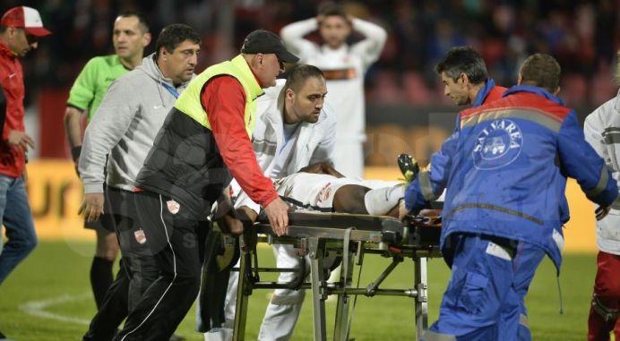 Medicii s-au chinuit o ora si 30 de minute sa-l salveze pe Ekeng!