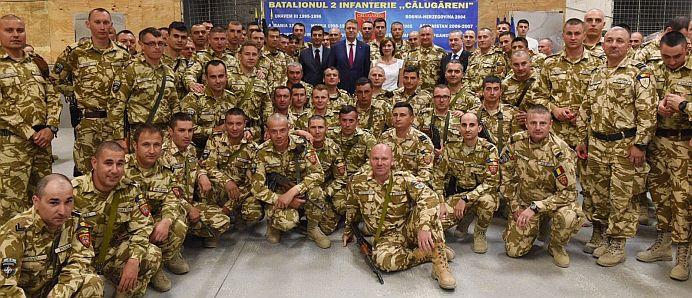 VIDEO – Carmen Iohannis A FACUT FURORI printre soldatii romani din Afghanistan!