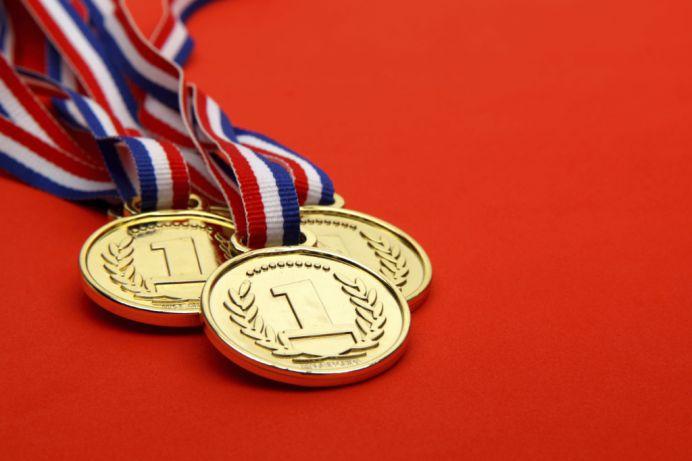 PERFORMANTE INCREDIBILE! Romania a obtinut 8 medalii la Olimpiada Internaţională de Fizică a ţărilor din Asia si 6 medalii la Balcaniada de Matematică!