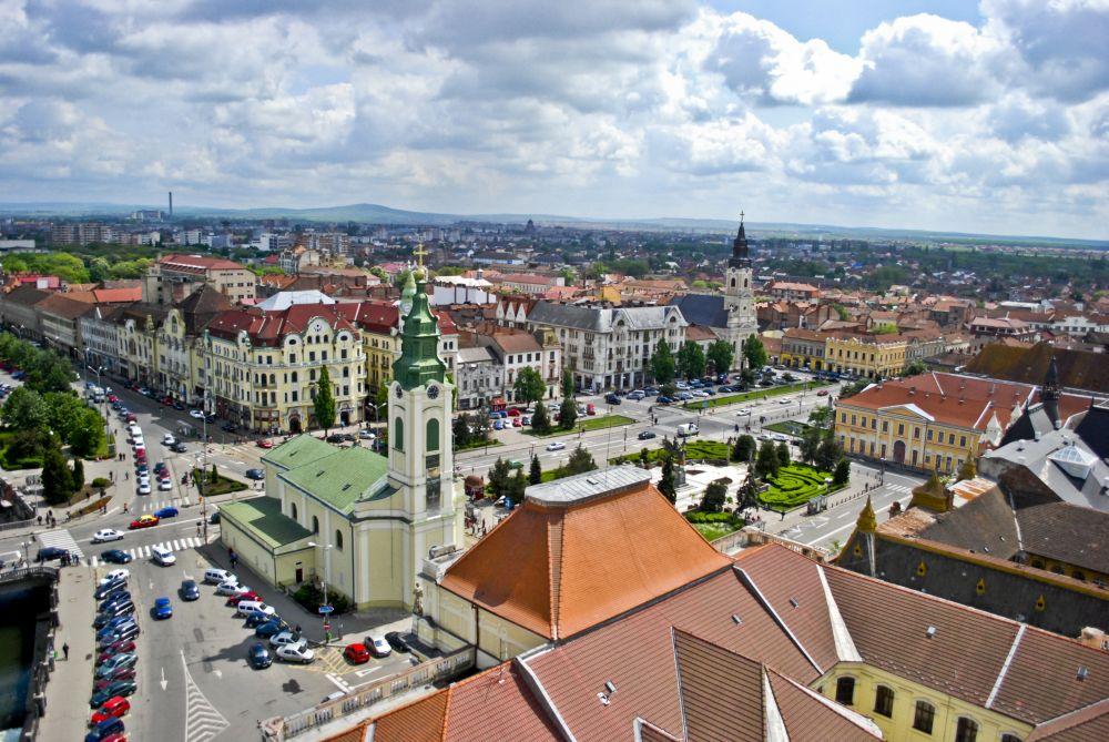 IMAGINI SUPERBE! Un oras din Romania, proaspat renovat, RIVALIZEAZA cu Barcelona sau Budapesta la frumusete!