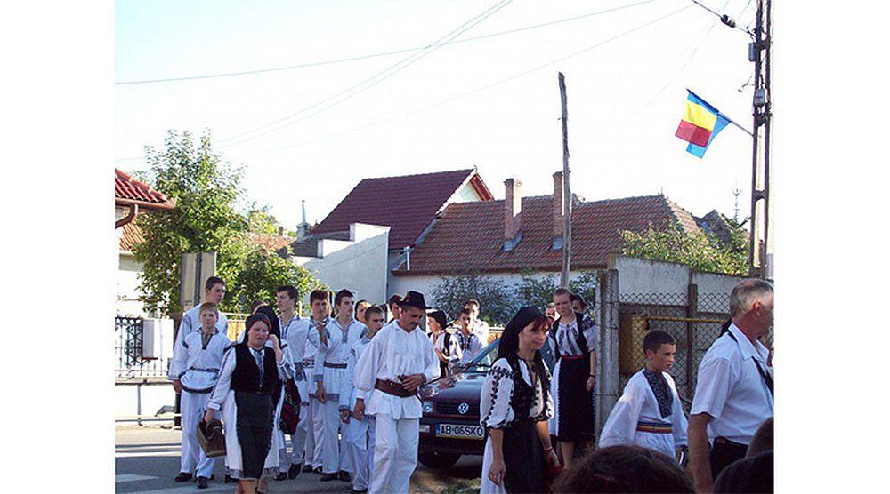 Singurul sat din Romania unde NU EXISTA NICIO CARCIUMA! De ce spun localnicii ca NU VOR baruri si crasme!?