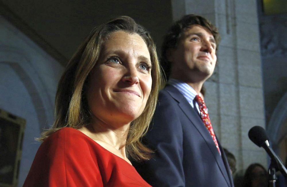 VIDEO – Premierul Canadei a LOVIT CU COTUL o femeie, in plina sedinta a Parlamentului!